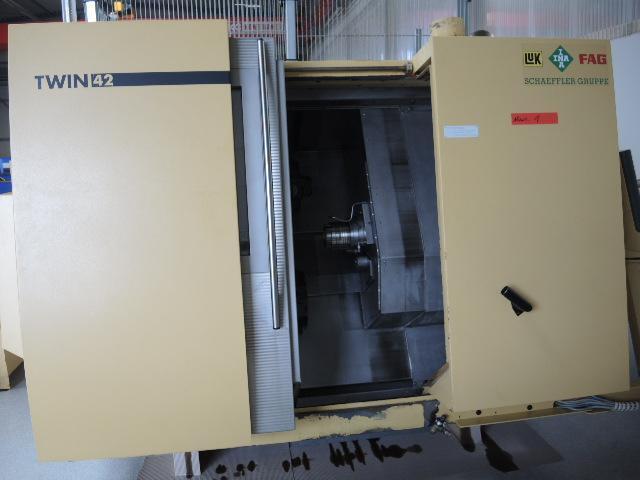 больше рисунков Токарный станок DMG Gildemeister Twin 42 x 2 + Robot